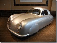 Porsche%2520Exhibit%25202011%2520Saratoga%2520Auto%2520Museum%2520021