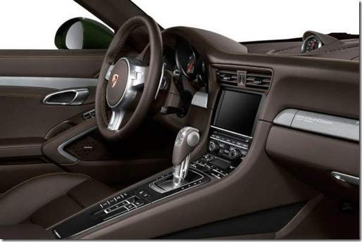 Porsche-911-Club-Coupe-Special-Edition-Interior-Photos-600x399